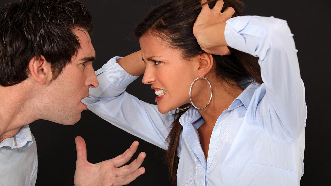 Ссора ревнивого итальянца с его девушкой
