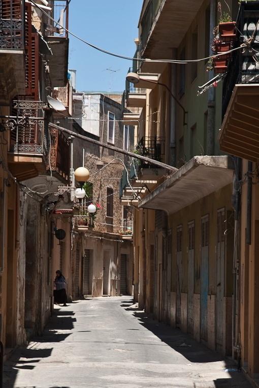 Улицы исторического центра Мадзара дель Валло