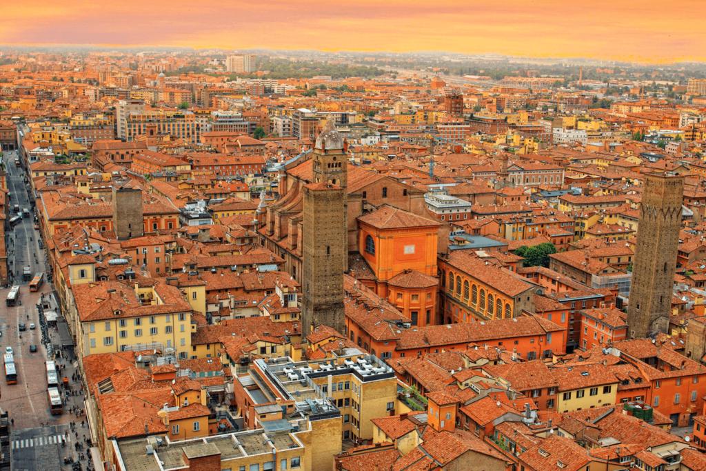 Вид с высоты птичьего полёта на Болонью