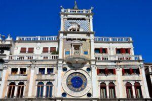 Венеция. Часовая башня