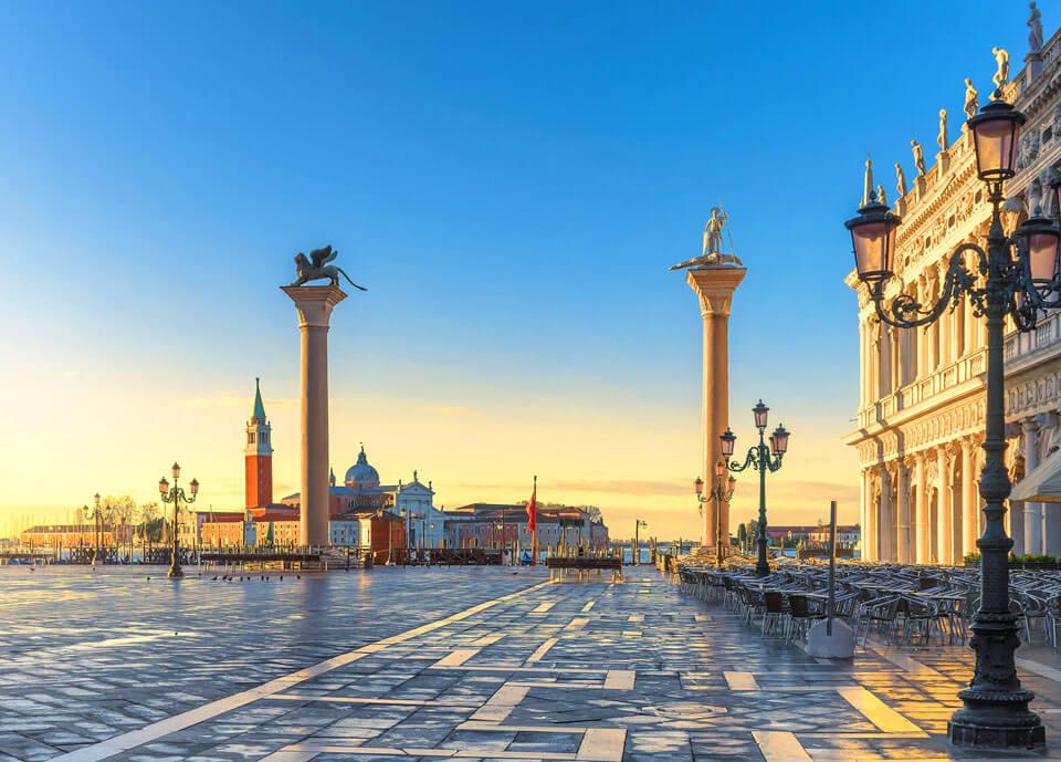 Венеция. Колонны на площади Сан-Марко